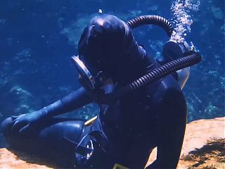 Breathplay Underwater-Running Out Of Air Scuba Diving