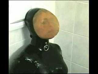 Latexmask Breathplay