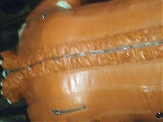 my girlfriends old leather jacket