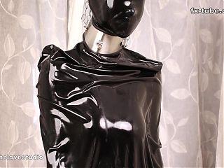 fx-tube com Latex sleeping bags and plastic mummification