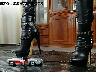 Preview: Lady Stefanie - Toy Car Crushing