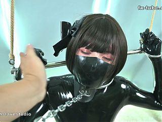 fx-tube com KIKI metal chain bondage orgasm
