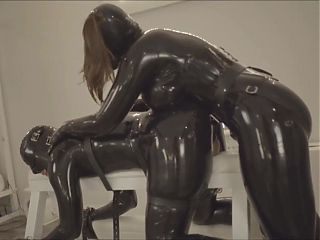 Latexslave StrapOn Part 1