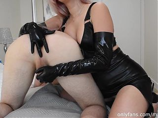 Madtinykitty pegging his ass